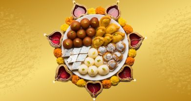 How To Protect Your Teeth From Delicious Snacks In Diwali Festival?